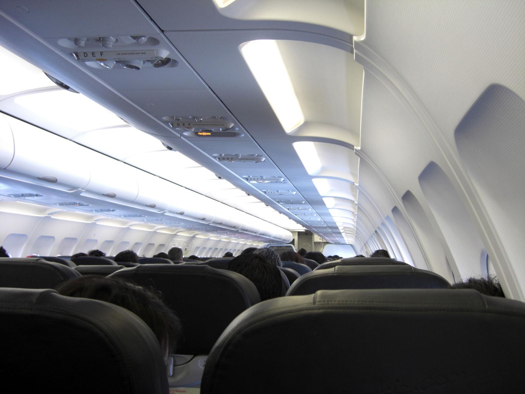 Jak przetrwać lot transkontynentalny