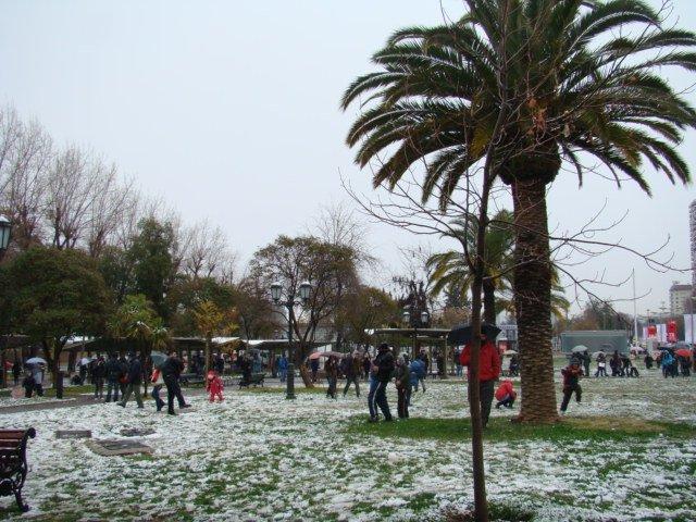 Białe UFO w Santiago