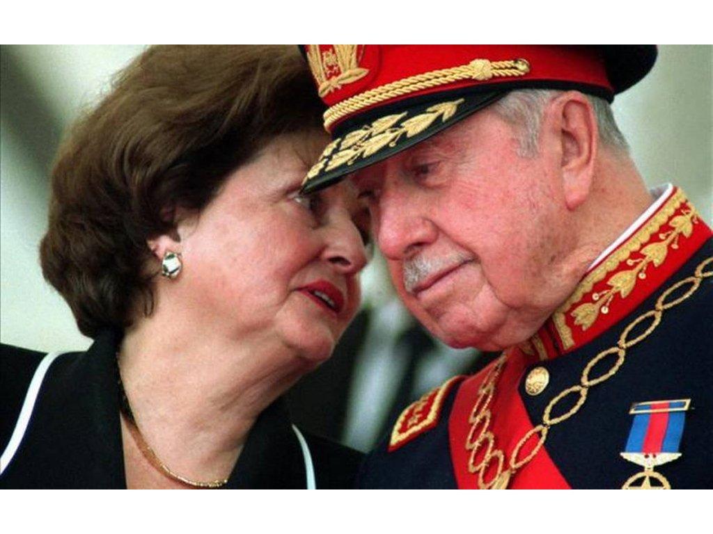 Książka na weekend: Doña Lucía Pinochet